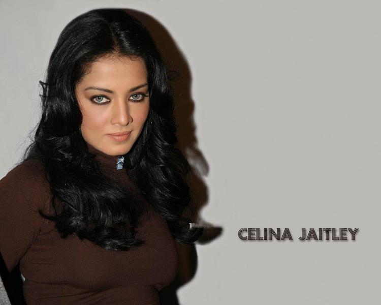 Celina Jaitley looking gorgeous