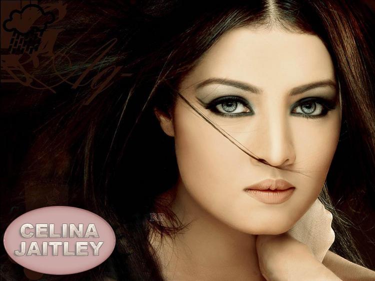 Celina Jaitley hot eyes look wallpaper