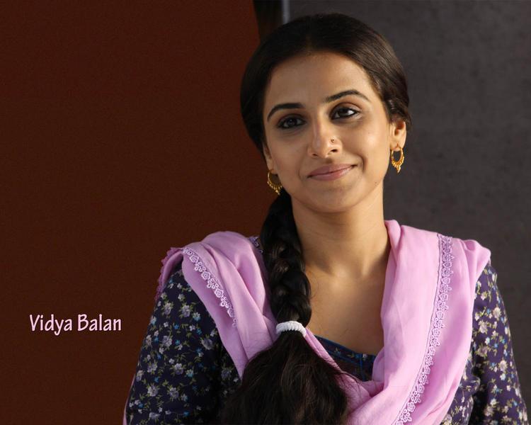 Vidya Balan sweet face look