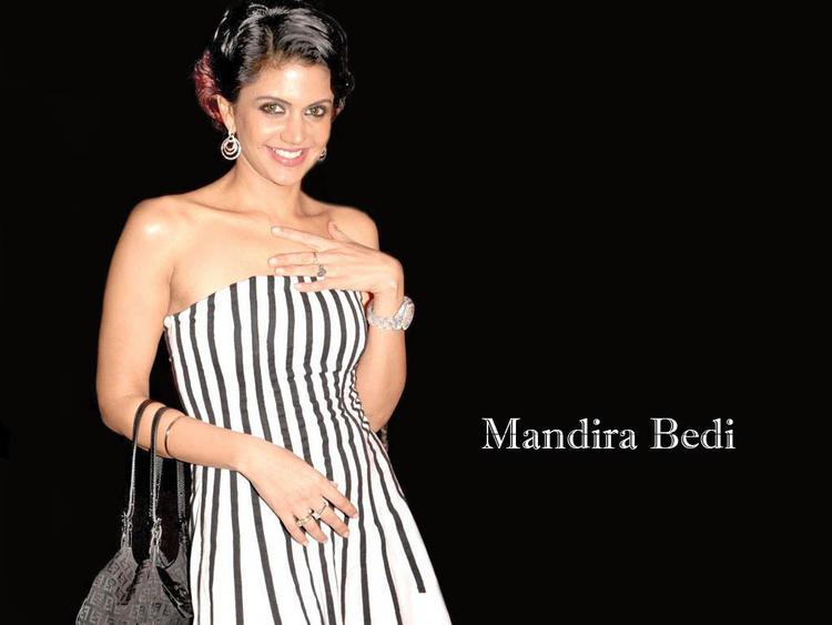Mandira Bedi hottest wallpaper