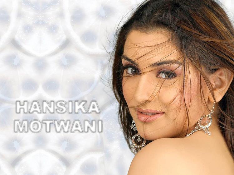 Hansika Motwani eyes pic wallpaper
