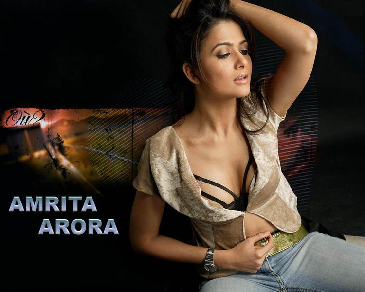 Hotty Amrita Arora wallpaper