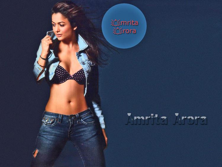 Hot And Sexy Amrita Arora wallpaper