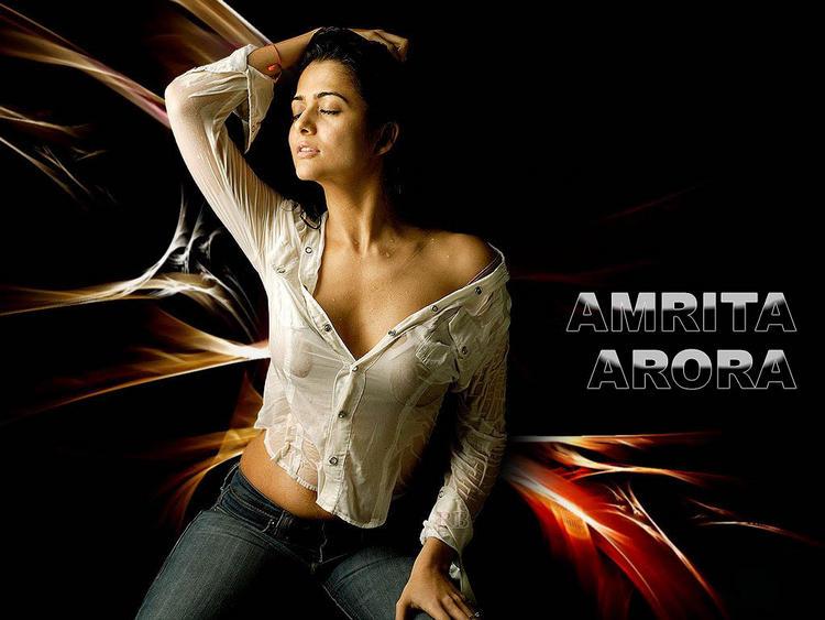 Amrita Arora latest sexiest wallpaper