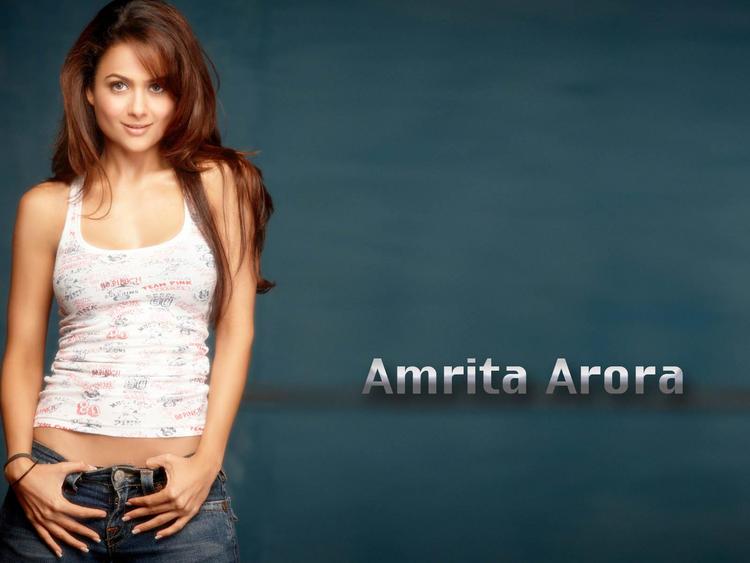 Sexy Hot Amrita Arora Picture