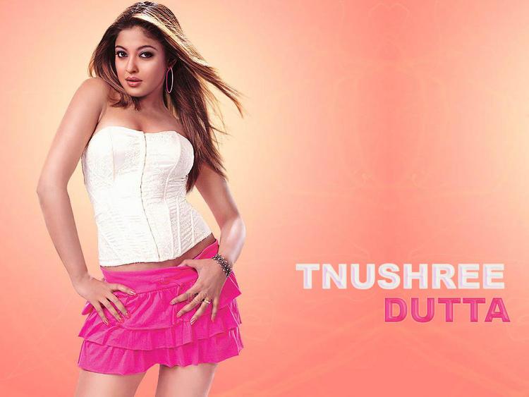 Tanushree Dutta sexy and spicy wallpaper