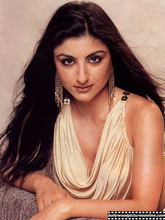 Soha Ali Khan sexy and spicy look