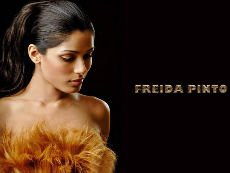 Hot Freida Pinto wallpaper