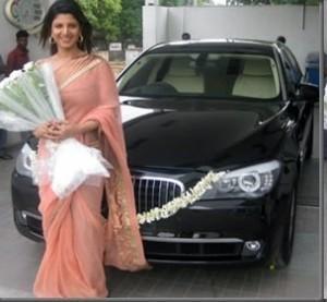 Rambha looking beautiful in saree