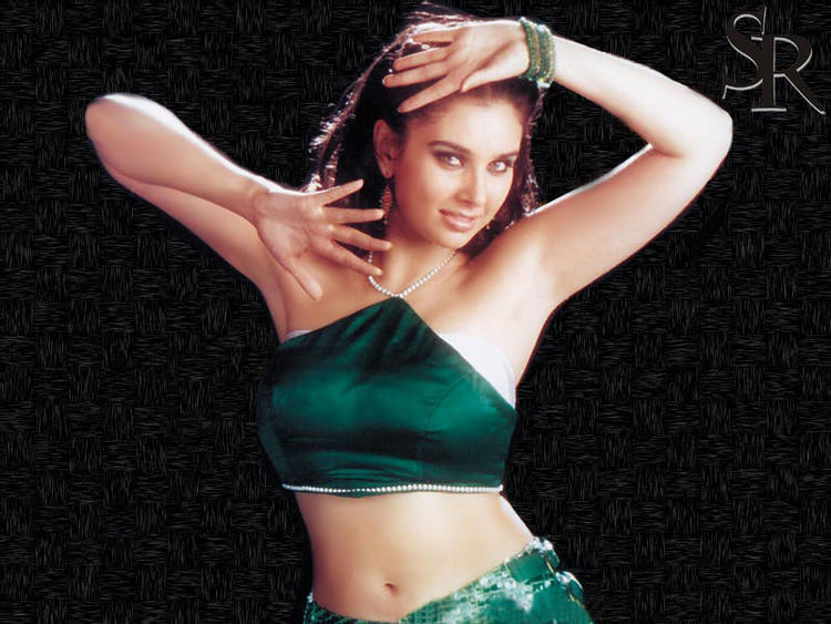 Lisa Ray sexiest wallpaper