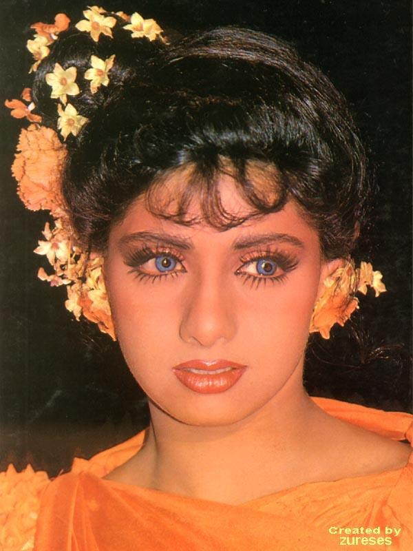 Sridevi sexy and gorgeous look wallpaper