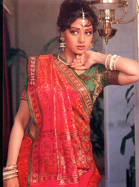 Sri Devi in saree posing hot