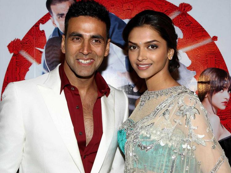 Deepika Padukone with Akshay Kumar photos