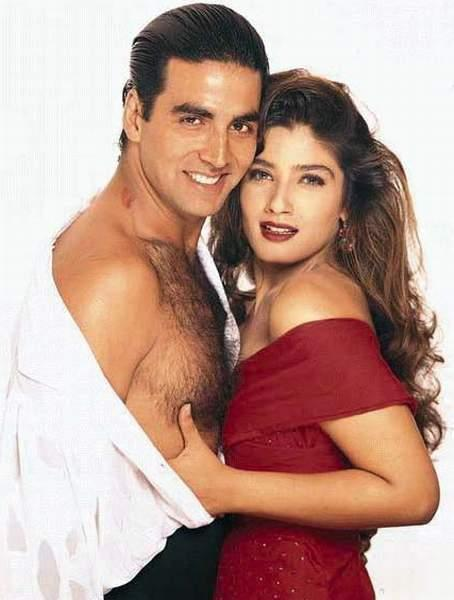 Akshay kumar and Raveena tandon sexy scene pics