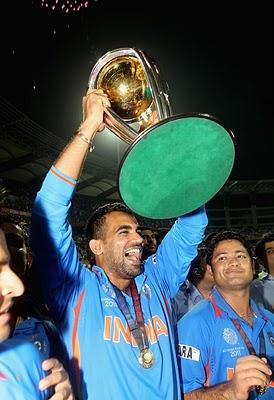 cricket world cup  final rocks and hand on cup zaheer khan