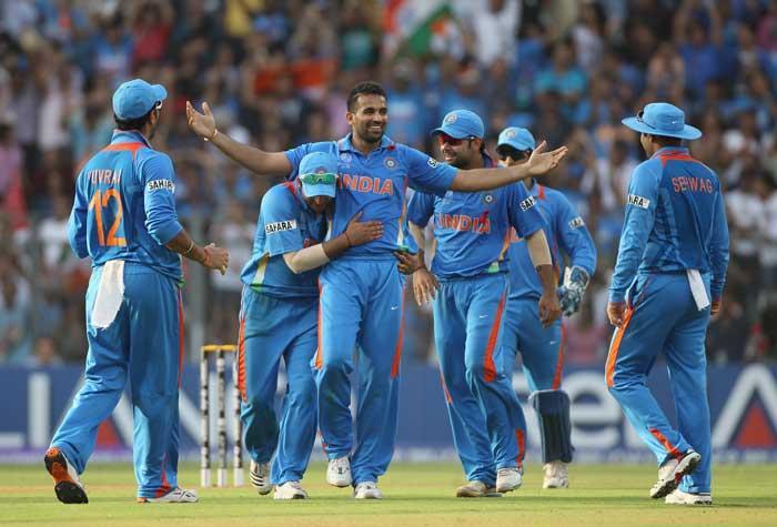 Zaheer Khan celebrates taking the wicket of chamara Kapugedera