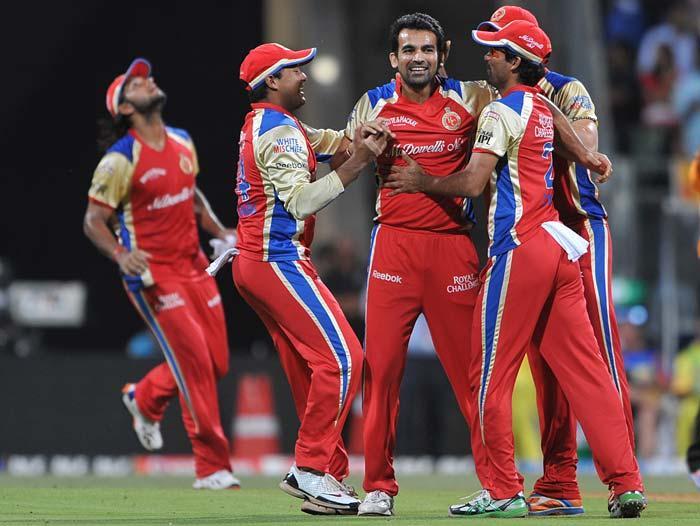 T match  RCB players zaheer khan wiket take stills