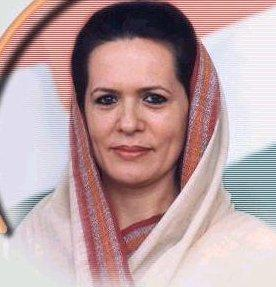 Sonia Gandhi beautiful in saree