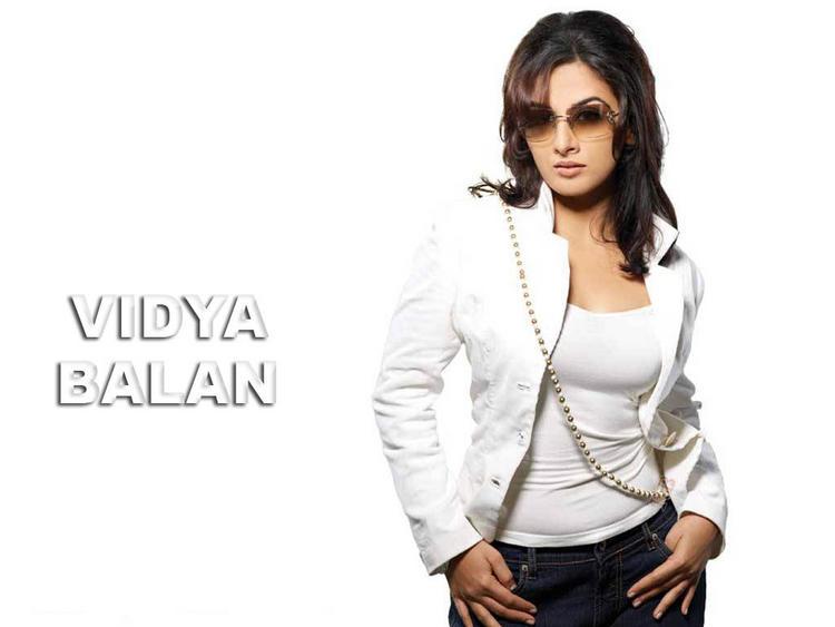 Smart Vidya Balan