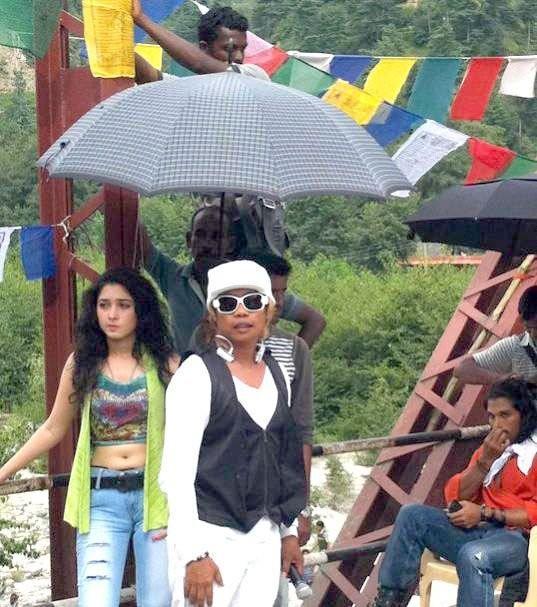 Tamanna in badrinath telugu movie shooting parts stills