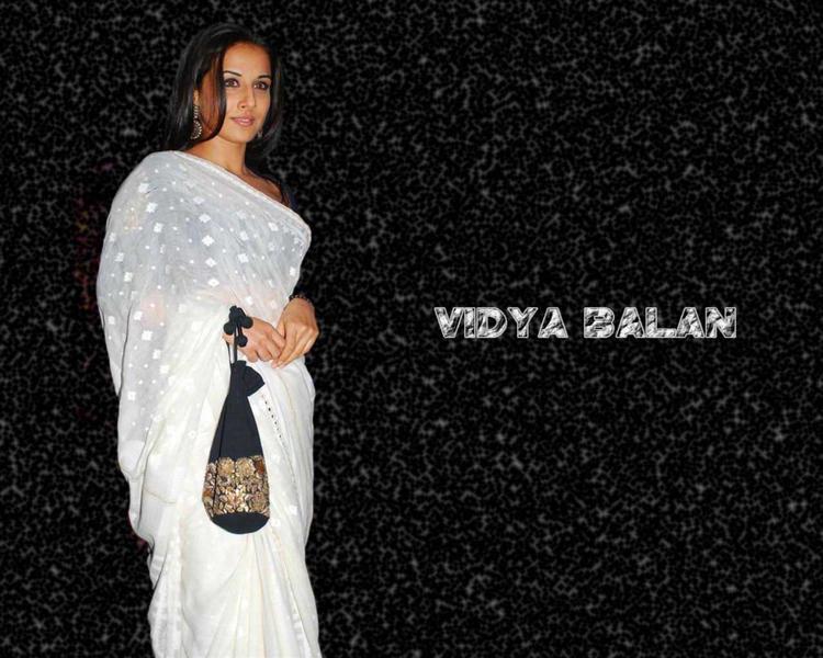 Vidya Balanin White Saree