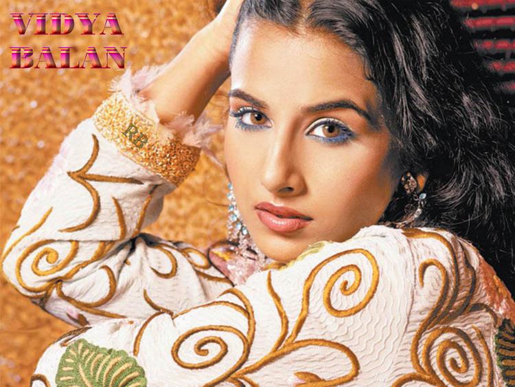Hot Vidya Balan