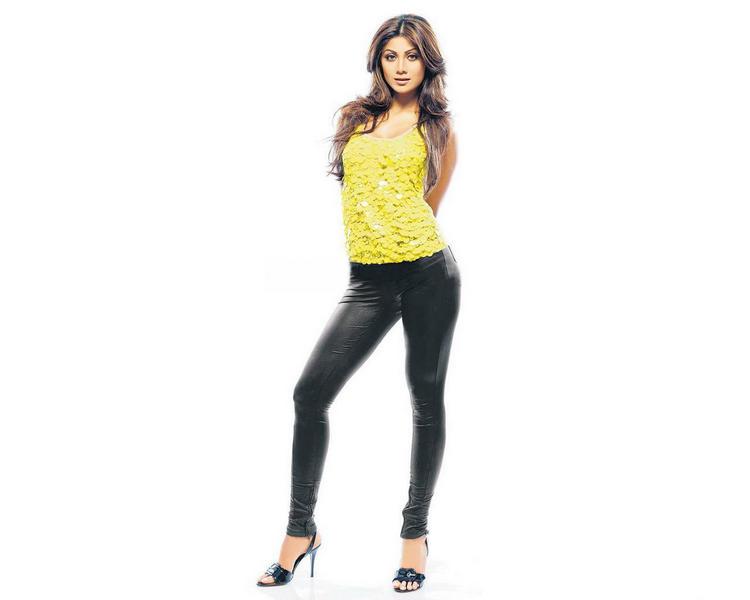Shilpa Shetty spicy pics