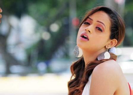 Actress bhavana sizzling hot stills