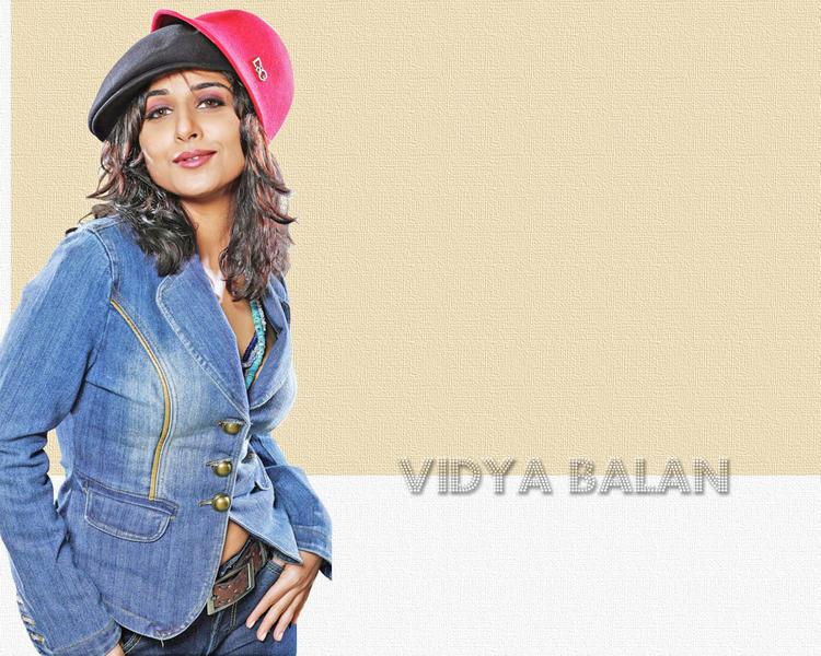 Cool Vidya Balan