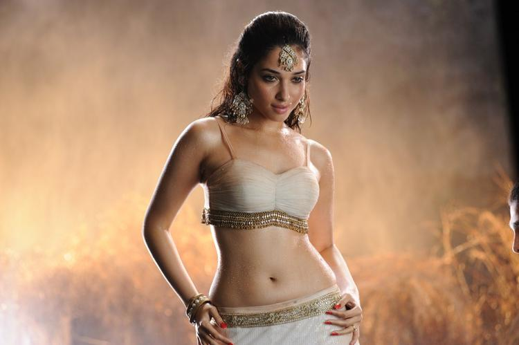 Tamanna sexy stills in badrinath telugu movie pictures