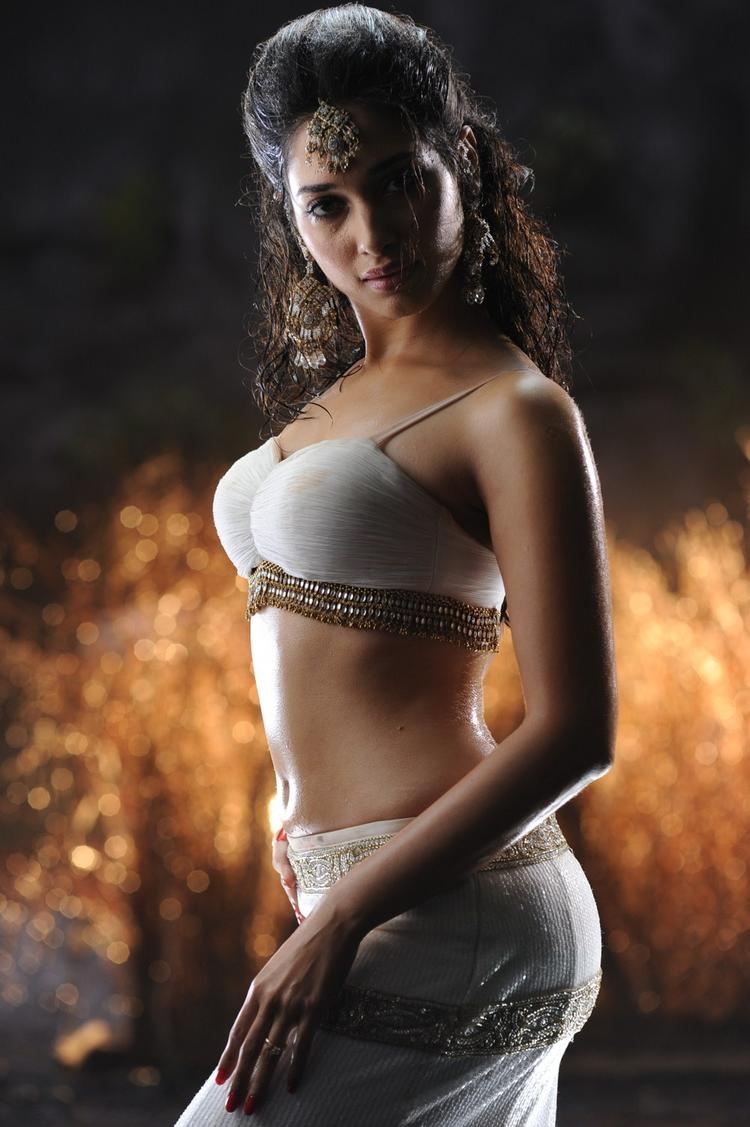 Badrinath telugu movie Tamanna hot sexy stills