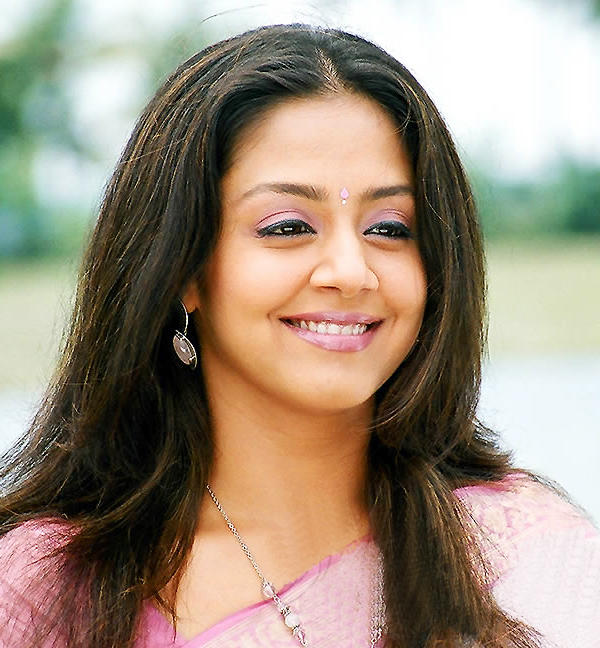 Jyothika sweet picture