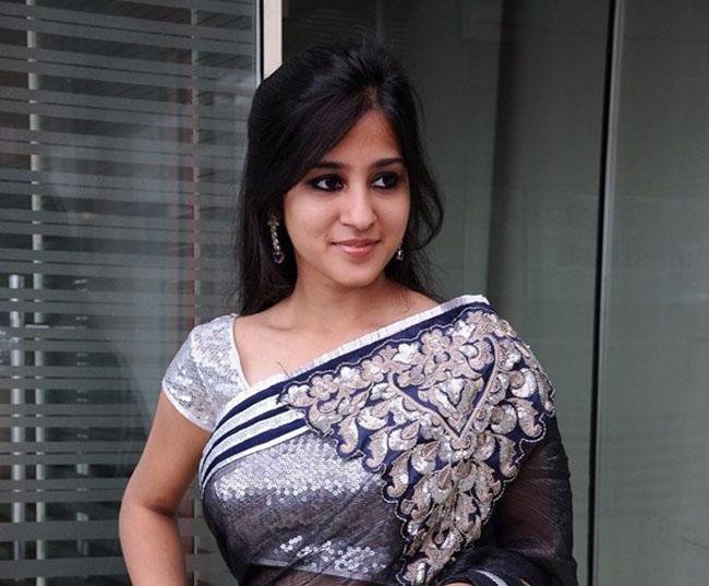 Saudamini Kaur sweet smile pics
