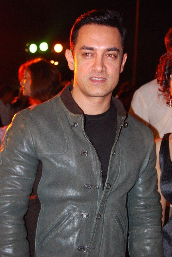 Chocolate boy  Aamir khan sexy look