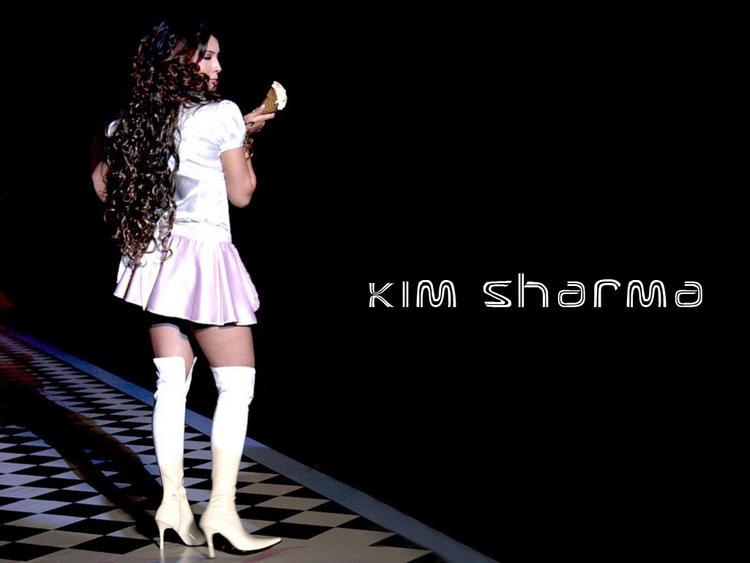 Kim Sharma wallpaper