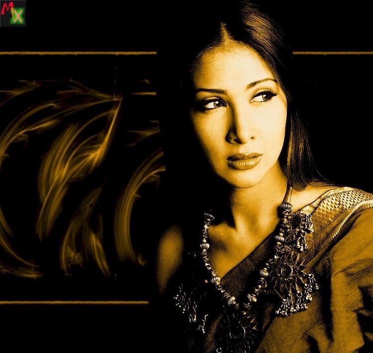 Glamrous Kim Sharma wallpaper