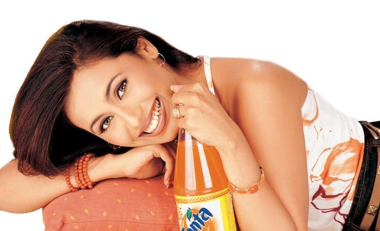 Rani Mukherjee in Fanta wallpaper