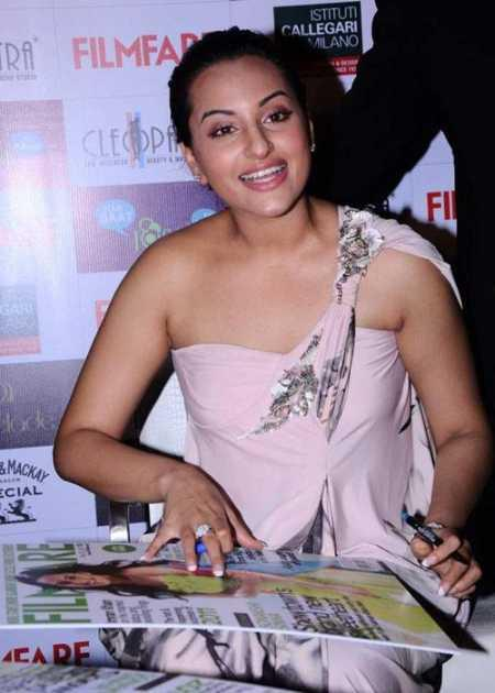 Sonakshi Sinha at Filmfare Magazine Launch