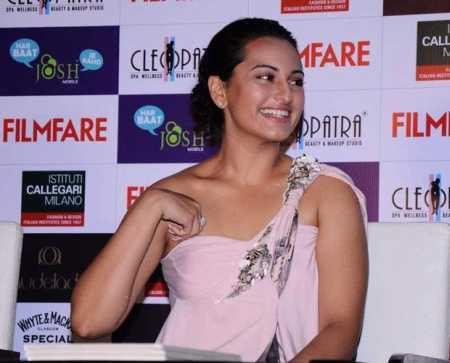 Sonakshi Sinha Launches Filmfare magazine