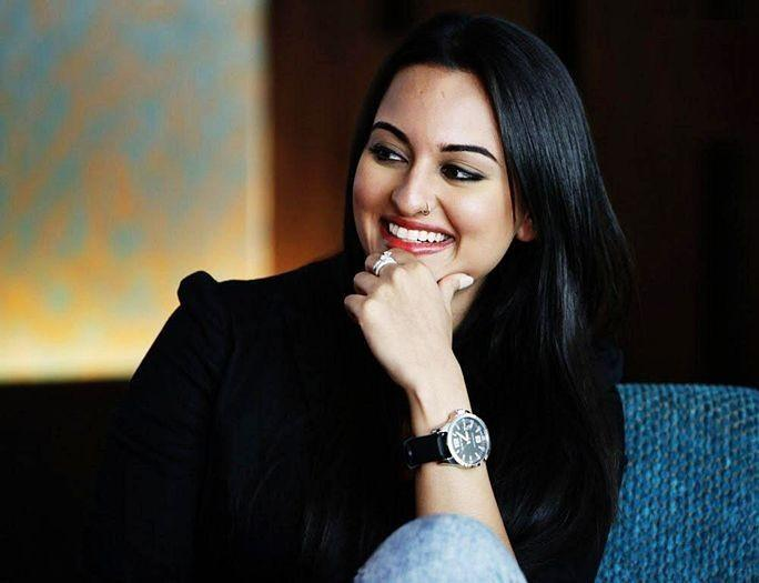 Sonakshi Sinha with sweet smile