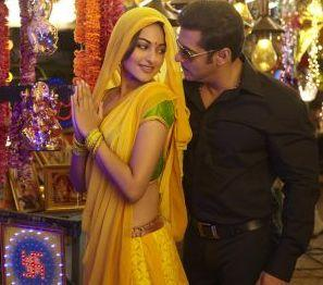 Sonakshi Sinha and Salman Khan Romance stills