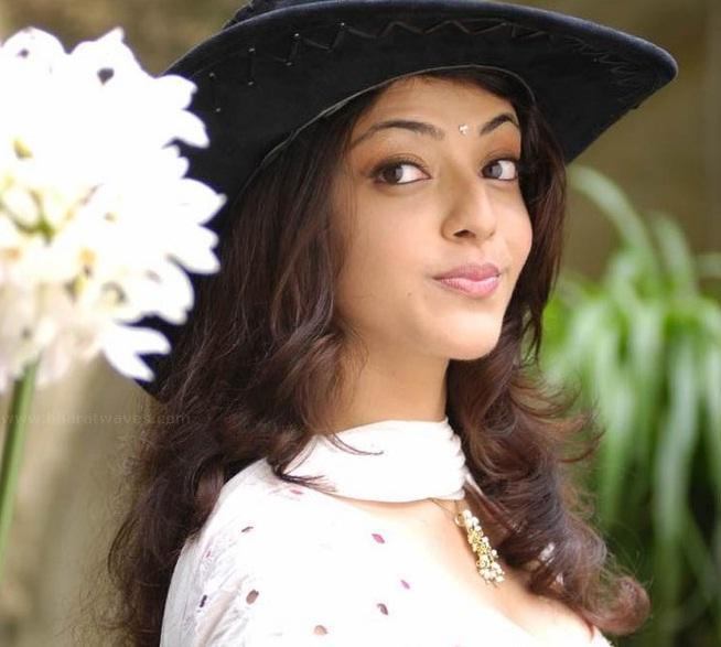 kajal agarwal hindi movie stills