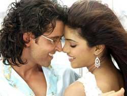 Hrithik Roshan and Priyanka chopra romance stills in Agnipath