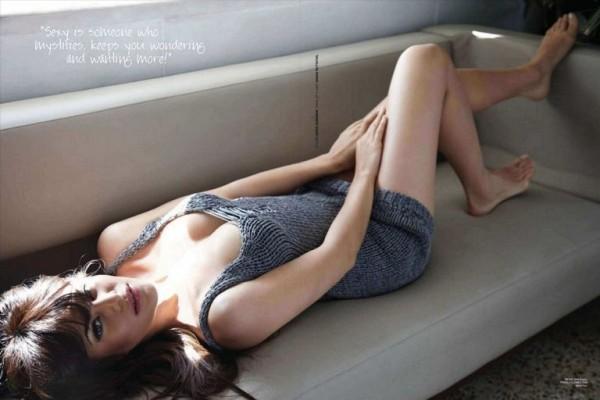 Jacqueline Fernandez  hot sexy figure pics