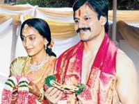 Vivek Oberoi and Priyanka Alva marriage wallpaper