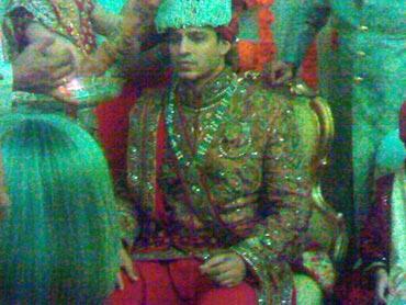 Vivek oberoi wedding wallpaper