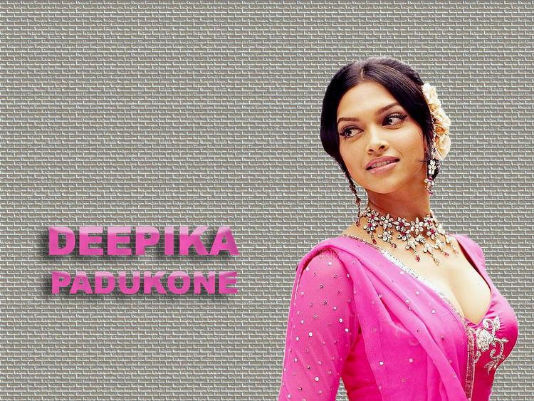 Deepika Padukone simple look wallpaper