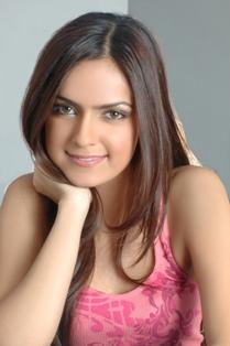 Shazahn Padamsee cute hot look