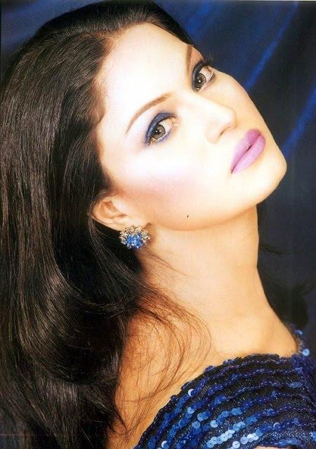 Veena Malik Close-up Picture