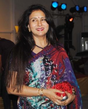 Poonam Dhillon in saree